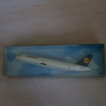 CMD HOLLAND Airbus A320 ?1:250 plastic display model plane Lufthansa